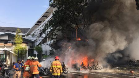 Ada lima stadion sepak bola Indonesia pernah mengalami insiden bom meledak, serupa yang terjadi baru-baru ini di Medan, Sumatra Utara. - INDOSPORT