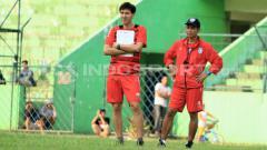 Indosport - Milan Petrovic dan Joko Susilo.
