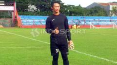 Indosport - Kiper PSM Makassar, Rivky Mokodompit.
