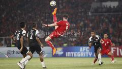 Indosport - Marko Simic melakukan tendangan salto.
