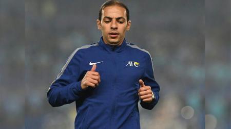 Turki Alkhudairi, wasit yang memimpin laga Persija vs Home United di Stadion GBK. - INDOSPORT
