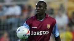 Indosport - Jlloyd Samuel, eks Aston Villa.