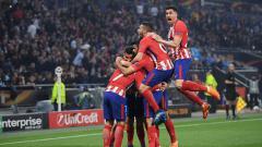 Indosport - Para pemain Atletico Madrid merayakan gol yang diciptakan Griezmann ke gawang Marseille.