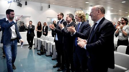 Gianluigi Buffon undur diri dari Juventus. - INDOSPORT