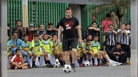 Del Piero coaching clinic di Plaza Medan. - INDOSPORT