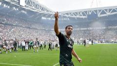Indosport - Gianluigi Buffon resmi ke PSG pada musim panas ini.