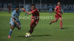 Indosport - Persela Lamongan vs Persija Jakarta.