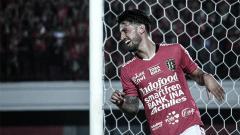 Indosport - Selebrasi pemain Bali United, Stefano Lilipaly.