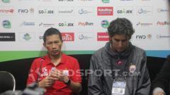 Indosport - Ismed Sofyan (kiri) dan Stefano Cugurra Teco (kanan).