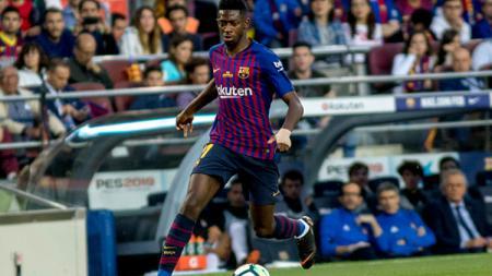 Ousmane Dembele saat tampil membela Barcelona melawan Real Sociedad. - INDOSPORT
