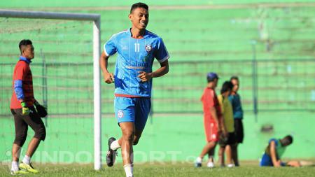 Striker Arema FC, Rifaldi Bawuoh. - INDOSPORT