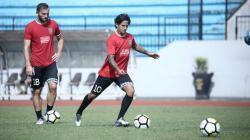 Pemain Bali United Ilija Spasojevic dan Irfan Bachdim.