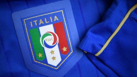 Jersey Timnas Italia - INDOSPORT