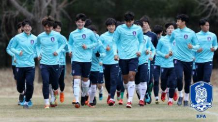 Suasana latihan Timnas Korea Selatan U-23. - INDOSPORT