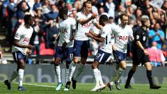 Indosport - Selebrasi para pemain Tottenham Hotspur.