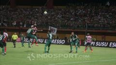 Indosport - Madura United vs Persebaya Surabaya