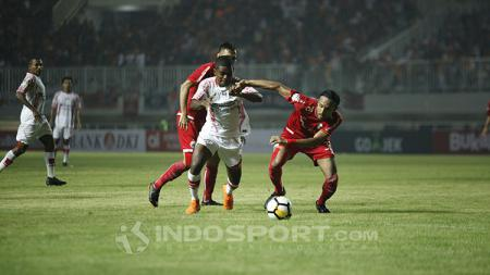 Tepat dua tahun lalu, 25 Mei 2018, klub Persipura Jayapura akhirnya merasakan kekalahan dari Persija Jakarta di Liga 1 2018. - INDOSPORT