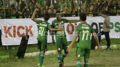Indosport - PSMS vs Arema FC.