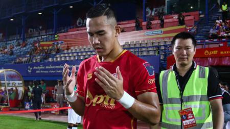 Pemain PTT Rayong Ryuji Utomo. - INDOSPORT