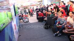 Indosport - Dua game eSports bertema sepak bola, FIFA dan Pro Evolution Soccer terus mengalami perkembangan di setiap tahunnya.