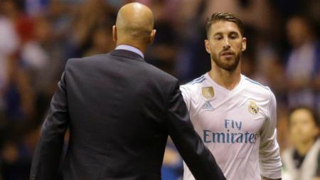 Zinedine Zidane dan Sergio Ramos - INDOSPORT