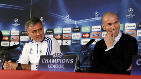Zinedine Zidane dan Jose Mourinho - INDOSPORT