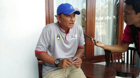 Djoko Susilo, caretaker baru Madura United. - INDOSPORT