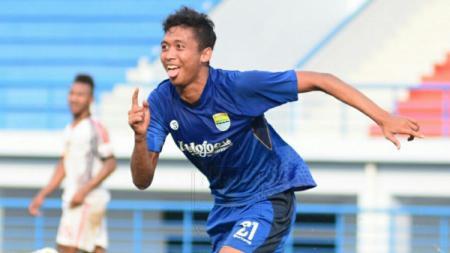 Penggawa Persib Bandung U-19, Ilham Qolba mengaku tak sabar untuk kembali bertanding setelah diberi waktu libur lebaran. - INDOSPORT