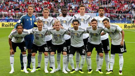 Mantan pemain timnas, Bastian Schweinsteiger, percaya Timnas Jerman bisa pertahankan gelar Piala Dunia 2018. - INDOSPORT