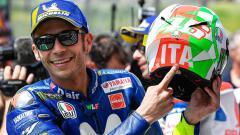 Indosport - Valentino Rossi gunakan helm khusus di Sirkuit Mugello