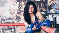 Indosport - Pakai Sportbra Saat Ngegym, Otot Jihane Almira Bikin Netizen Insecure
