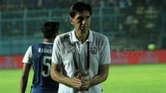 Indosport - Pelatih kepala Arema FC, Milan Petrovic.