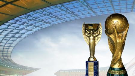 Trophy Jules Rimet dan FIFA World Cup. - INDOSPORT