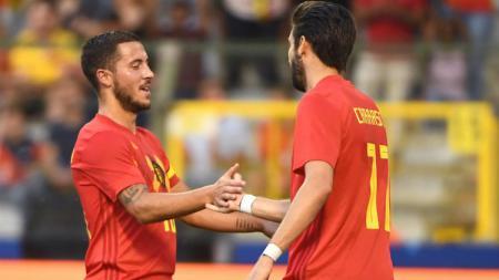 Eden Hazard merayakan gol bersama Yannick Carrasco (kanan), saat menghadapi Mesir, Kamis (07/06/18) dini hari WIB. - INDOSPORT