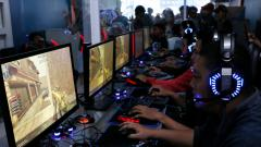 Indosport - eSports masih terus menuai perdebatan di Indonesia. Beragam tantangan juga harus dihadapi oleh olahraga elektronik ini.