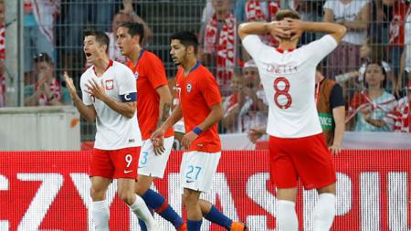Polandia vs Chile. - INDOSPORT