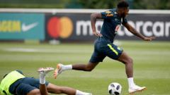 Indosport - Pemain baru Manchester United, Fred, cedera setelah bertubrukan dengan Casemiro di sesi latihan.