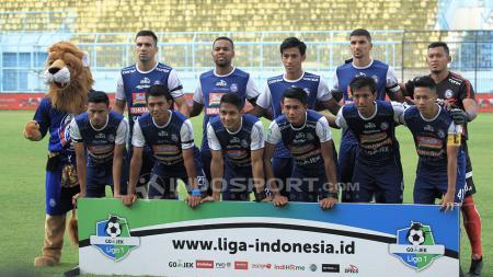 Tim Skuat Arema FC saat sedang latihan. - INDOSPORT