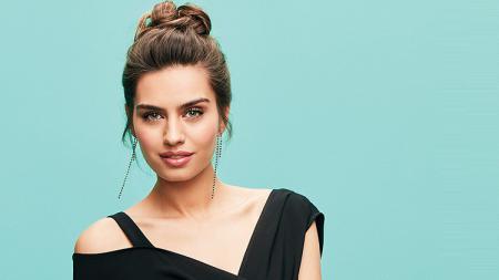 Miss Turki 2014, Amine Gulse istri Mesut Ozil. - INDOSPORT