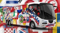 Indosport - Bus bertema Piala Dunia 2018 Rusia.