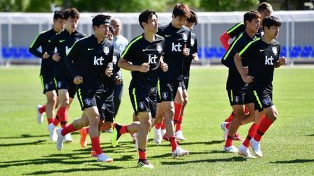 Timnas Korea Selatan latihan untuk Piala Dunia 2018 - INDOSPORT
