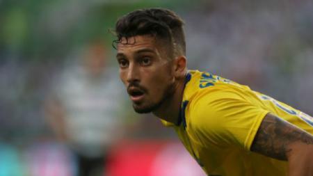 Bintang FC Porto asal Brasil, Alex Telles, rela mengganti agennya demi mewujudkan impiannya untuk bergabung dengan Chelsea - INDOSPORT