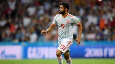 Diego Costa mencetak gol saat Spanyol berhadapan dengan Portugal di Piala Dunia 2018. - INDOSPORT