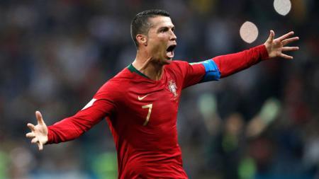Selebrasi Cristiano Ronaldo setelah membobol gawang Spanyol di Piala Dunia 2018. - INDOSPORT