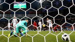 Indosport - David De Gea melakukan blunder di Piala Dunia 2018.