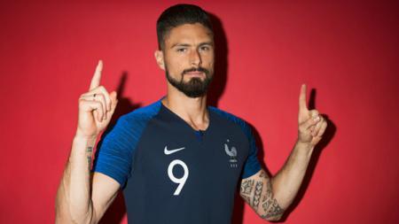 Olivier Giroud dalam sesi pemotretan Timnas Prancis untuk Piala Dunia 2018. - INDOSPORT