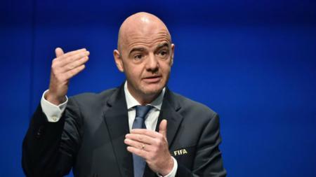 Presiden FIFA, Gianni Infantino, menyoroti isu rasisme yang masih saja menghantui dunia sepak bola Italia dan bahkan dunia. - INDOSPORT