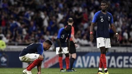 Rafael da Silva mendukung bintang asal Prancis, Corentin Tolisso bergabung dengan Manchester United. - INDOSPORT