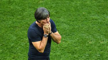 Joachim Low tak percaya dengan hasil yang didapat oleh Timnas Jerman saat dibekuk oleh Timnas Meksiko. - INDOSPORT