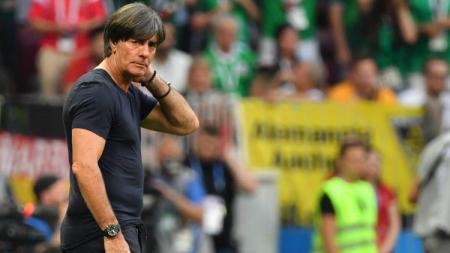 Pelatih Timnas Jerman, Joachim Low, mengomentari nasib timnya yang masuk grup neraka Euro 2020. - INDOSPORT
